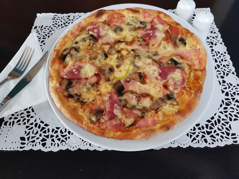 PIZZA PARMEZANO